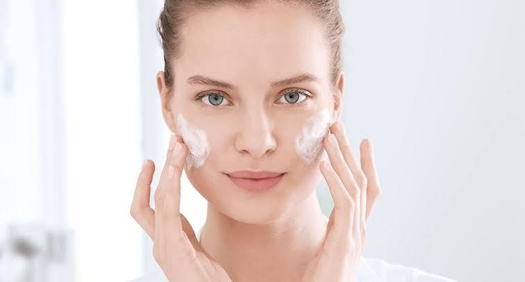 piel con acne